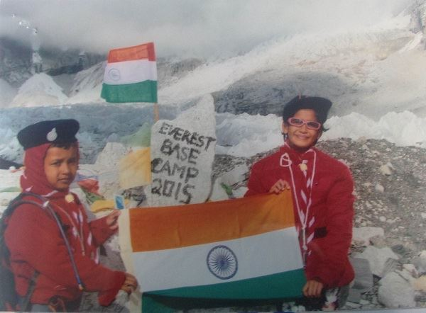 india children reach everest base camp